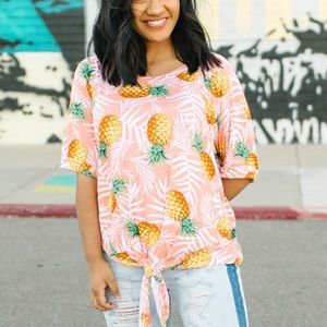 Tops - Peach pineapple print front tie top